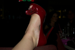 i still love to hate these shoes. but I did manage to wear them most of the night.